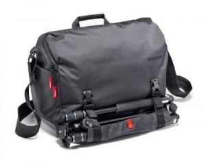 Manfrotto Manhattan Speedy 30 相機斜揹袋 (預計送貨需時2-3個月)