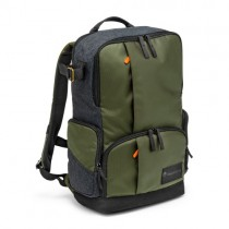 Manfrotto Medium Backpack (Delivery will take 2-3 months)